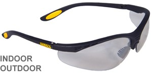 DeWalt Safety Glasses Reinforcer Indoor/Outdoor Lens  DPG58-9D
